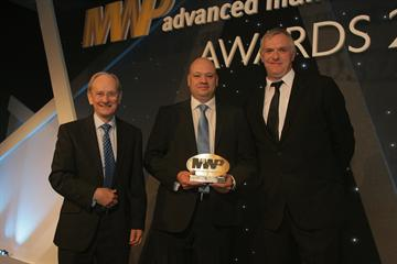 Sir David McMurtry (left) presents the MWP 'Best R&D Project' award to Versarien