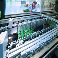 Fountain flow soldering machine